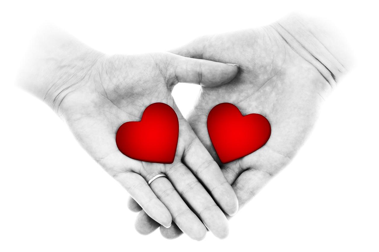 תמונות ורקעים לברכות - ידיים ולבבות